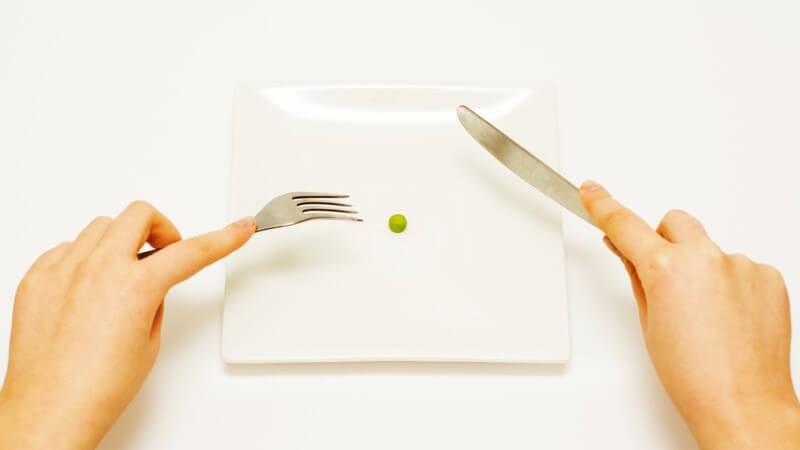 Wissenswertes zur Crash-Diät: Studienergebnisse zur Wirksamkeit von Crash-Diäten und warum sich Crash-Diäten nicht zum langfristigen Abnehmen eignen