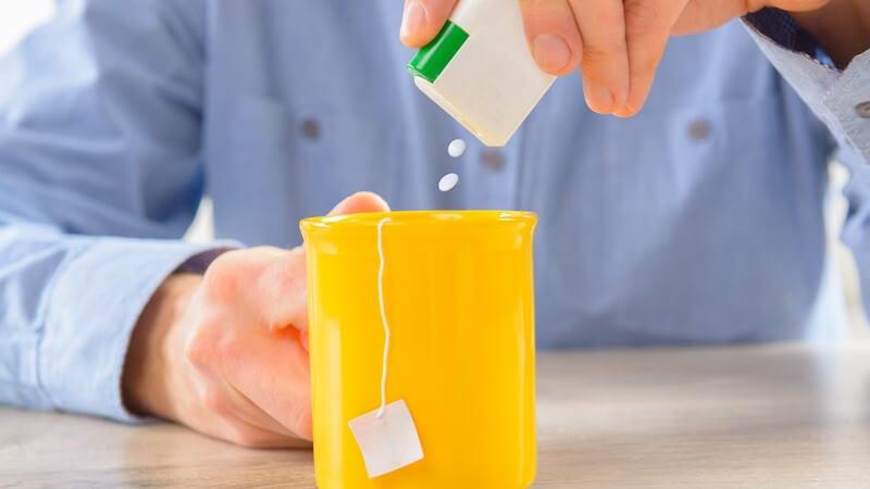 Keine Kalorien, sehr hohe Süßkraft - doch der Zuckerersatzstoff ist umstritten und soll z.B. das Hungergefühl verstärken