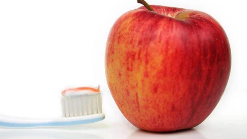 Woran Sie gesundes Zahnfleisch erkennen und wie sie zu einer umfassenden Pflege beitragen