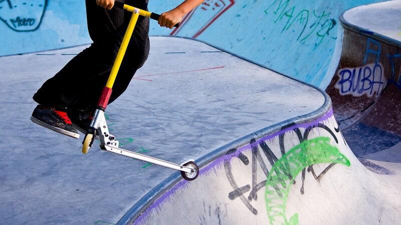 Die ideale Fortbewegung auf Kurzstrecken: Wissenswertes zum Kickboardfahren