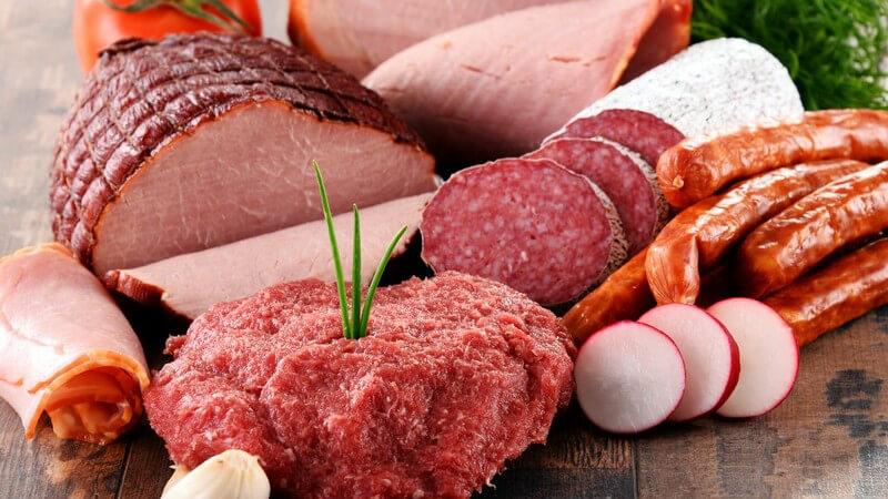 Wurst- und Käseaufschnitt halten sich in der Regel einige Tage - vorausgesetzt, man lagert sie kühl und luftdicht verpackt