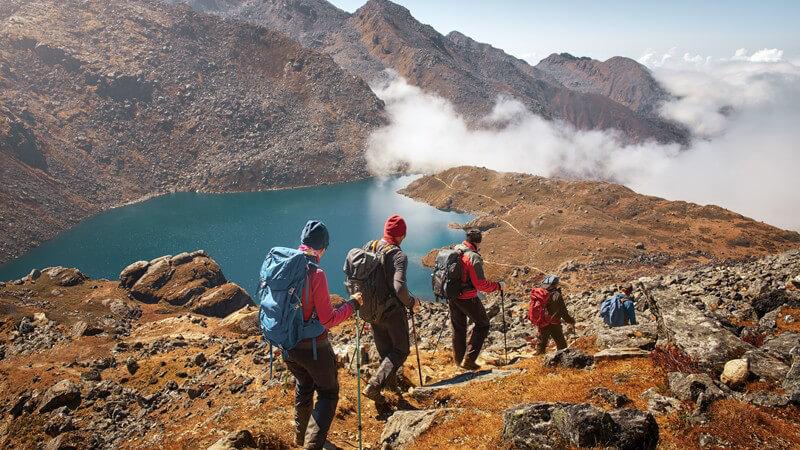 Wanderungen im bergigen Gelände