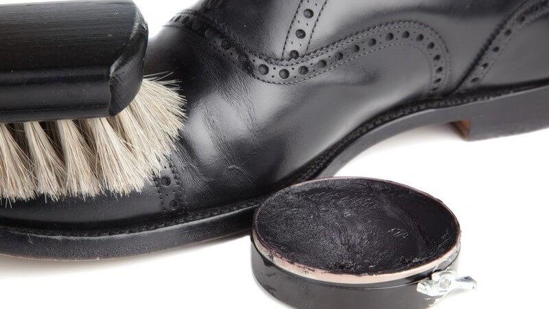 So finden Sie das ideale Produkt für Ihre Lederbekleidung, Ledertaschen oder Lederschuhe