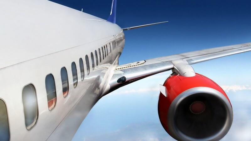 Charterflüge - Merkmale sowie Unterschiede zu Linienflügen