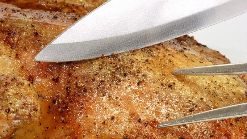 Es gibt unzählige Gerichte, die man durch Braten zubereitet - dabei gibt es auch Möglichkeiten, ordentlich Fett zu sparen