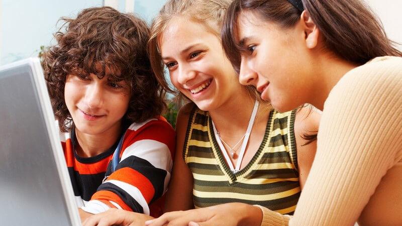 Wieso die Schulbildung so wichtig ist und welche Förderungsmöglichkeiten es neben der Schule gibt