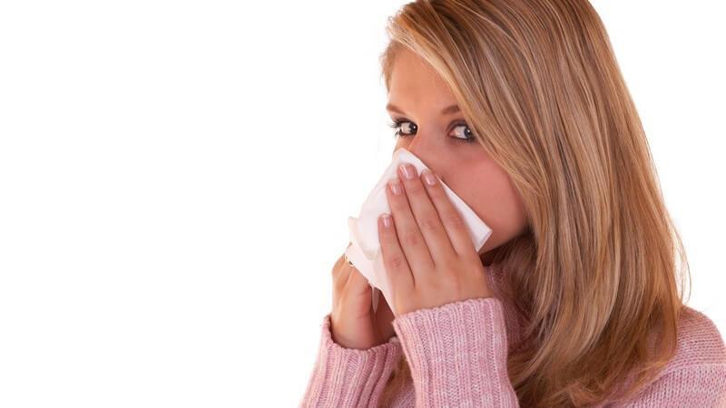 Liebhaber der Papier- oder Stofftaschentücher streiten sich über die hygienischen und modischen Aspekte der praktischen Helfer