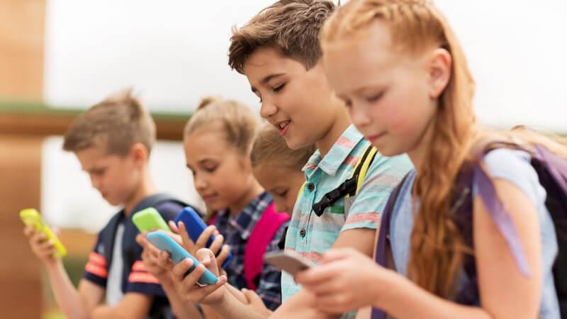 Rechte und Pflichten als minderjähriger Schüler und was sich für volljährige Schüler ändert