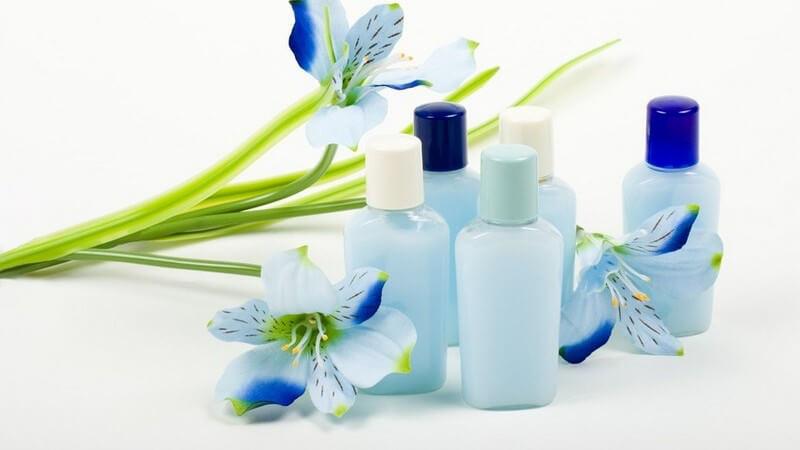Wissenwertes zum Mindesthaltbarkeitsdatum, der Reinigung und der Aufbewahrung von Kosmetikprodukten
