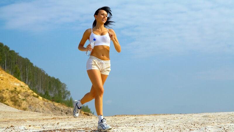 Dem Trainingsplan treu bleiben und Fitnessziele erreichen