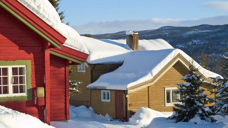In einer Skihütte einkehren oder diese als Unterkunft nutzen