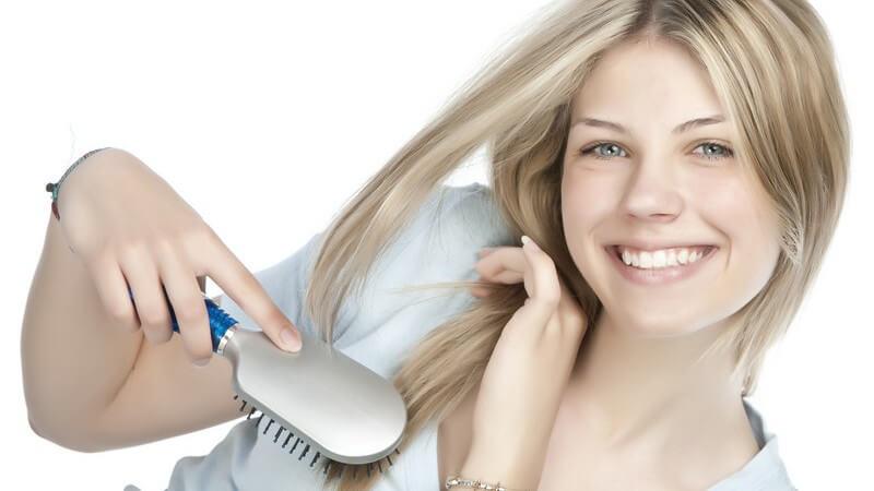 Wir erklären, bei welchem Haartyp die Anwendung von Haarbändiger sinnvoll ist und wie man die beste Wirkung erreicht
