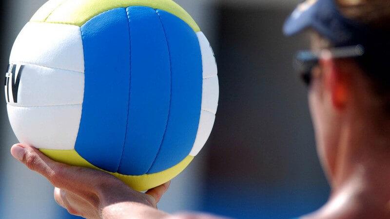 In diesem Artikel können sich Freunde des sandigen Volleyballspiels über dessen Siegeszug und Eigenheiten informieren