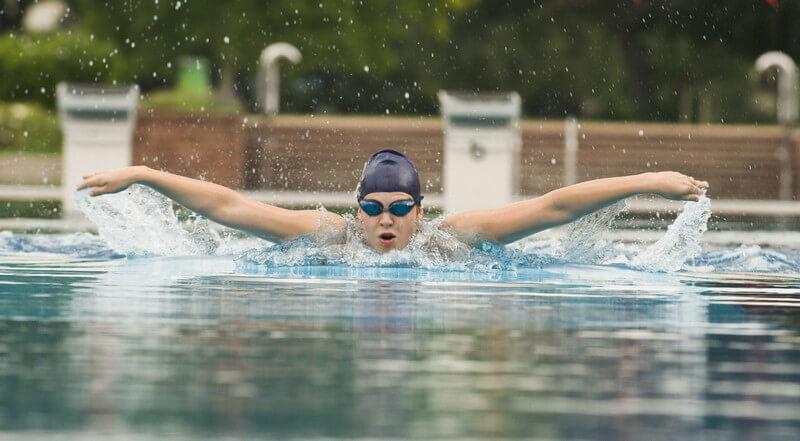 Mit Sport gegen Schulterbeschwerden angehen