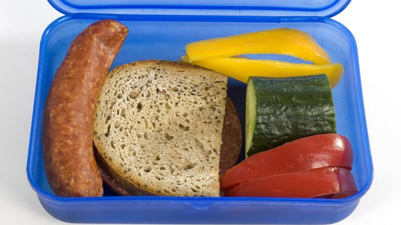 Frische Lebensmittel sind nicht nur gesünder, sondern schmecken auch einfach besser - wir geben Tipps zur Lagerung und vergleichen Frischhaltedosen aus Glas und Plastik