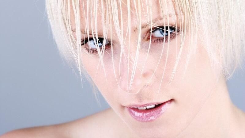 Nur wenn eine Haarkur richtig angewendet wird, kann sie auch ihren Zweck erfüllen