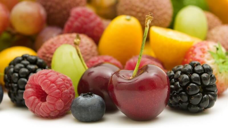 Wer Konfitüre selbst machen möchte, hat unzählige Möglichkeiten - wir informieren über geeignete Früchte und geben Tipps zum Einmachen