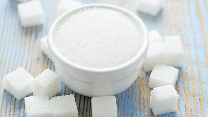 Diät-Pulverprodukte in der Kritik: Man lebt nicht nur von Pulver und Shakes - gesunde Alternativen