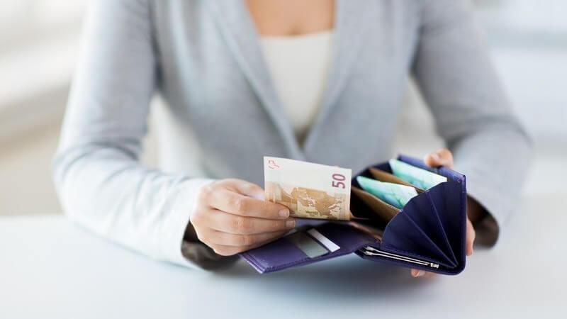Bewerbungskosten: Möglichkeiten der Kostenreduzierung und Kostenübernahme durch die Agentur für Arbeit