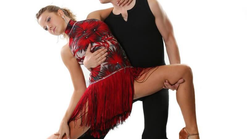 Wem das Tanzen im Verein allein nicht ausreicht, der könnte sich überlegen, ein Salsa-Festival zu besuchen oder sogar, eine entsprechende Tanzreise zu unternehmen