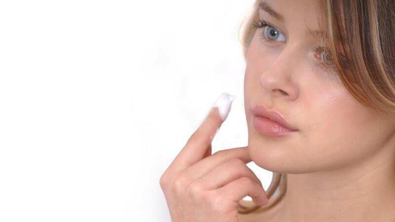 In der Regel entstehen die Reaktionen auf ein Kosmetikum erst nach mehrfacher Anwendung