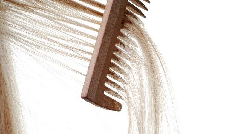 Dies sollten Sie beim Nachfärben der Strähnchen im Haar beachten