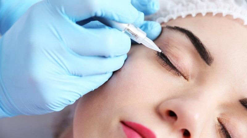 Da sich mit dem Conture Make-up ein langzeitliches Ergebnis erzielen lässt, entfallen das regelmäßige Schminken und Abschminken