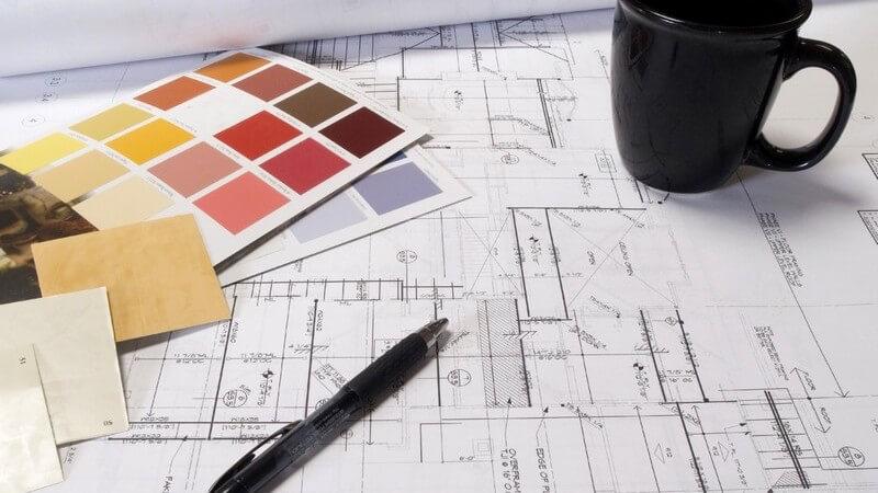 Zu den Inhalten eines Architekturstudiums zählen künstlerische, naturwissenschaftliche und technische Bereiche