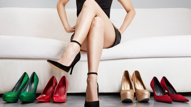 Wodurch sich Stilettos auszeichnen und wie Sie die beliebten Stöckelschuhe bürotauglich kombinieren