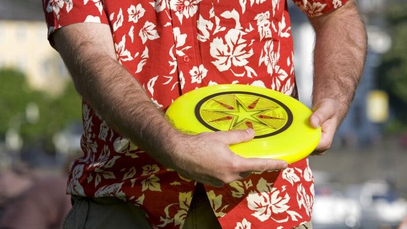 Die alt bekannte Frisbeescheibe hat wieder an Bedeutung gewonnen - und zwar in verschiedenen Spieltechniken