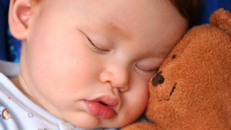 Die Anfälle bei der malignen Säuglingsepilepsie können sich in unterschiedlichen Formen zeigen