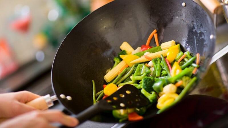 Kochen im Wok