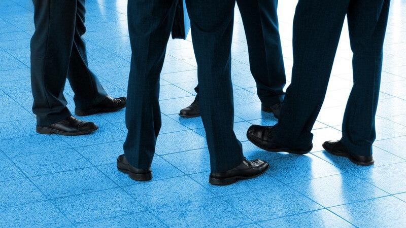 Ob zum Business-Outfit oder lässig zur Jeans - Männer lieben maskuline Steifeletten-Modelle