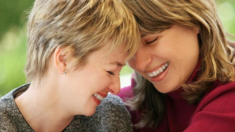 Möglichkeiten einer künstliche Befruchtung bei homosexuellen Paaren in Deutschland und im Ausland