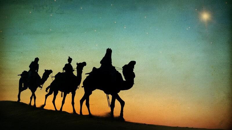 """Kaspar, Melchior und Balthasar werden auch als die Weisen aus dem Morgenland bezeichnet - Über die christliche Tradition der """"Sterndeuter"""" in der Weihnachtsgeschichte"""