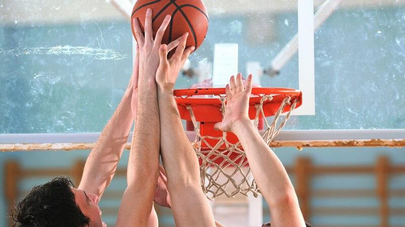 Regeln, Team und Spielmerkmale dieser vier ähnlichen - und doch unteschiedlichen Ballsportarten im Vergleich