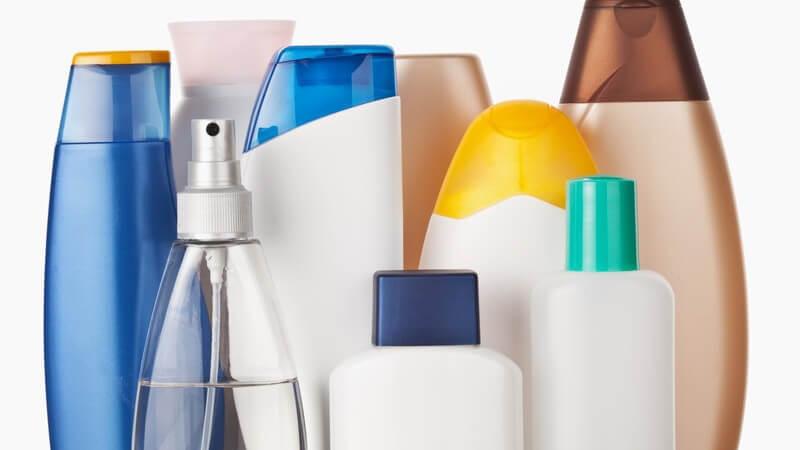 Worin die Unterschiede und Gemeinsamkeiten von Shampoo und Duschgel liegen und was spezielle 2in1 Produkte taugen