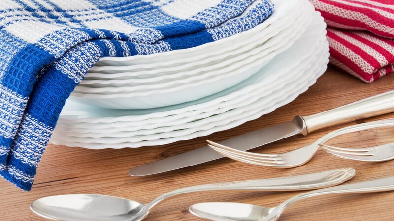 Beim Kauf von Küchentüchern aus Papier sollte man auf das Siegel des blauen Engels achten