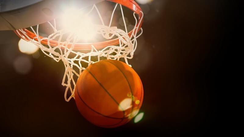 Basketball für Männer und Frauen - Gelebte Gleichberechtigung auch bei den Sportgeräten