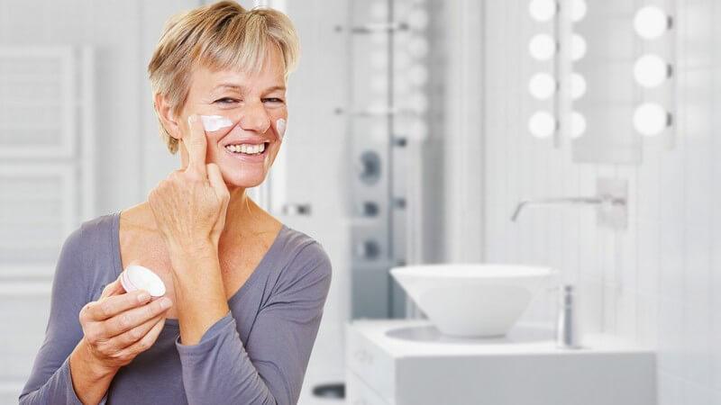Was ist die reife Haut eigentlich und welche besonderen Ansprüche stellt sie an ihre tägliche Pflege und das Make-up?