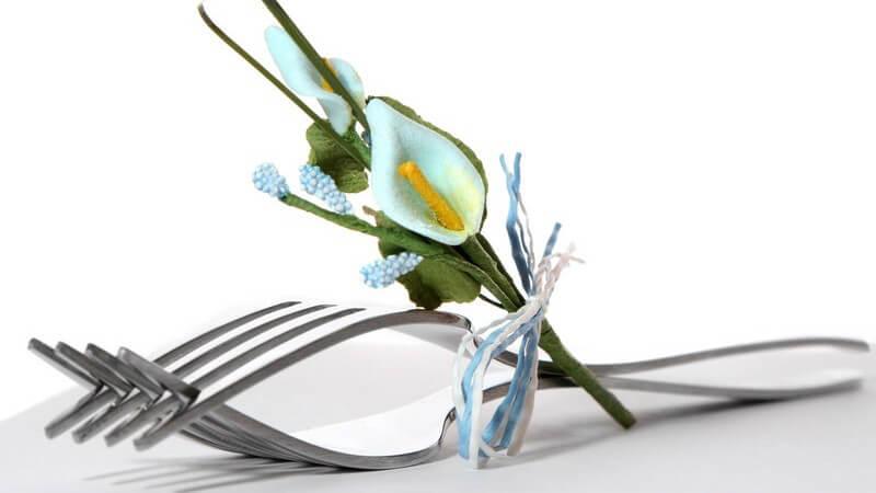 Wichtige Aspekte der eigenen oder professionellen Planung der Hochzeitsdekorationen - Welche Stile sind passend und wie kann man die Hochzeitsdeko selbst basteln?