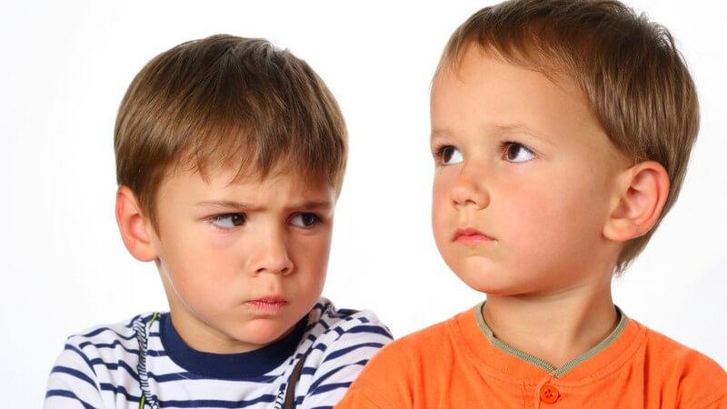 Tipps zum Umgang mit neidischen Kindern
