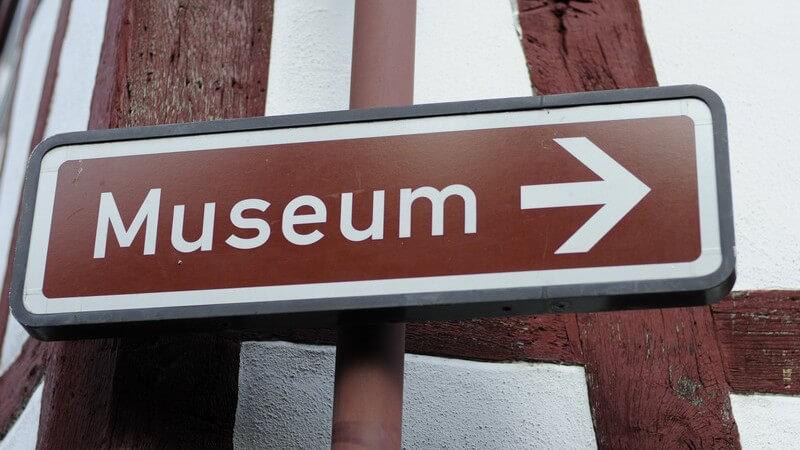 Die Anzahl an Designmuseen ist in Deutschland besonders hoch - zu den hauptsächlichen Ausstellungsbereichen zählen Industriedesign, Produktdesign und moderne Angewandte Kunst