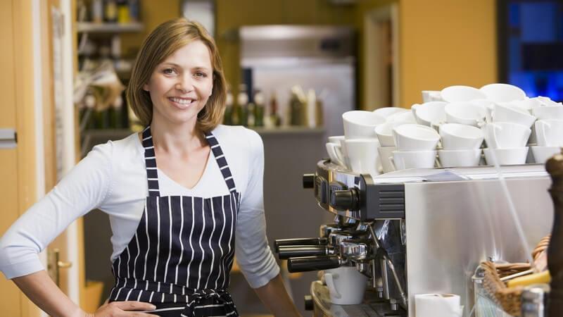 Ein Überblick über Gastronomiegeschirr, -möbel, -geräte und Co.