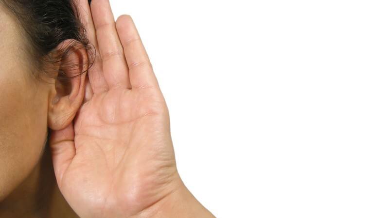 Die Entstehung einer Hypakusis und wie man die Schallleitungsschwerhörigkeit (SLS), Schallempfindungsschwerhörigkeit (SES)  und Kombinierte Schwerhörigkeit erkennt und behandelt