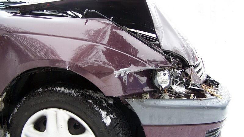 Wir informieren über die verschiedenen Arten der Unfallversicherung sowie deren Leistungen - zu den Sonderformen zählt zum Beispiel die Insassenunfallversicherung