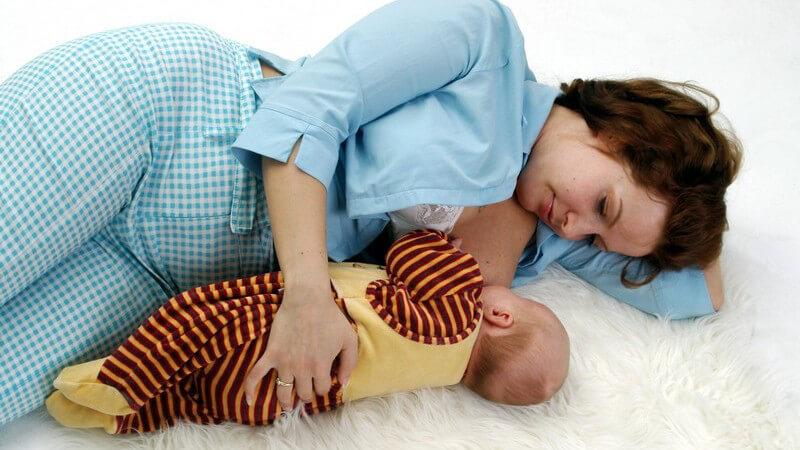 Die Wochen nach der Geburt zwischen körperlicher Schonung und Ertüchtigung und wie die Zeit am Besten genutzt werden kann