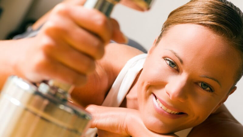 Muskeltraining mit Kurzhanteln