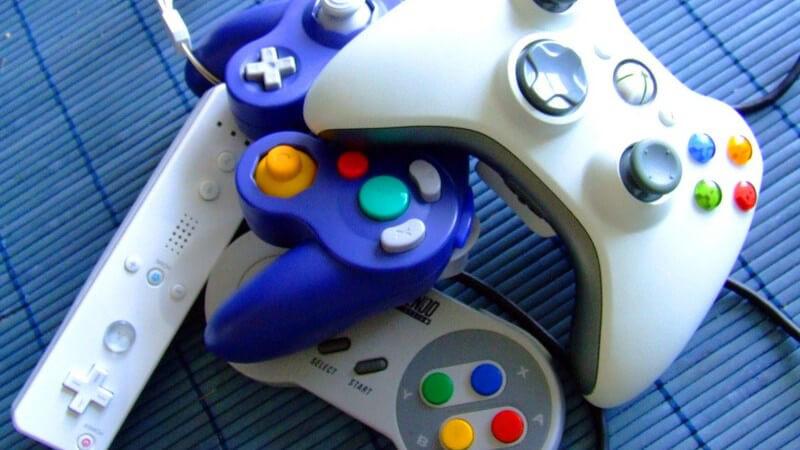 Während viele Menschen Computerspiele ausschließlich mit negativen Kriterien bewerten, können sie auch Vorteile haben - mitunter werden sie im Rahmen des E-Sports gespielt