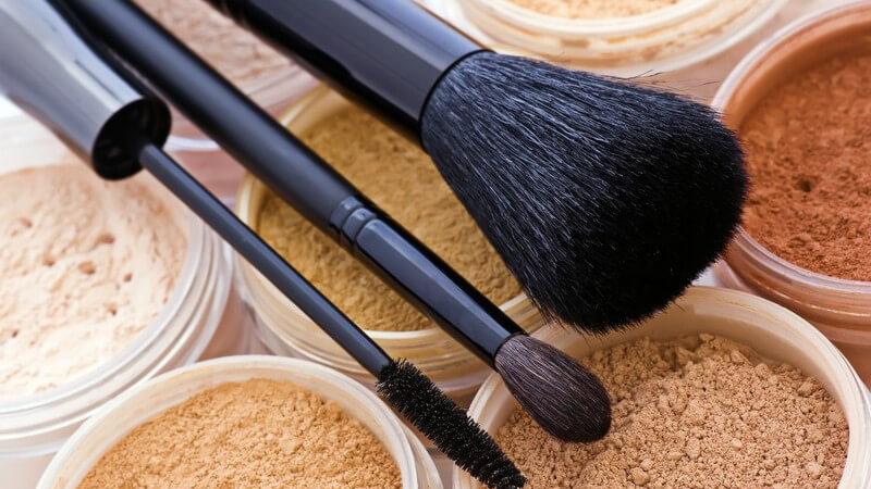 Über Aufbau, Eigenschaften und Herstellung von kosmetischem Puder und in welchen Formen er zum Einsatz kommt